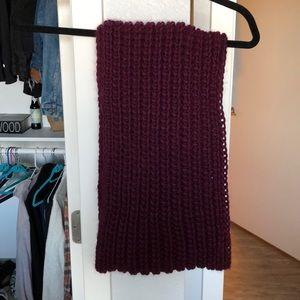 Italian purple woven scarf